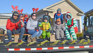Alma Santa Claus Parade brought the community together on Dec. 22