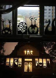 love halloween window decor: inspired by the bottom picture i did this window decoration for haloween