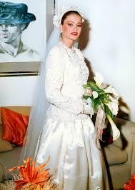 Sofia Vergara Wedding Dress Designer Sofia Vergaras Wedding Photos From When She Was 18 Vintage