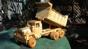 this dump truck was built using plans purchased some time ago the plans are all in imperial measurements and at times hard to folllow some modification
