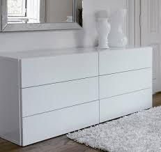 impressive decorating ideas using white wall and rectangular white