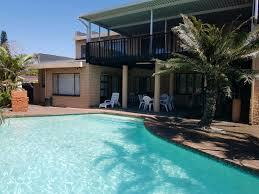 frere manor shelly beach 12 sleeper 5 bedroom holiday house