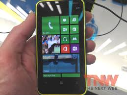 Hands on with the Nokia Lumia 620