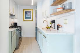 why a galley kitchen rules in small