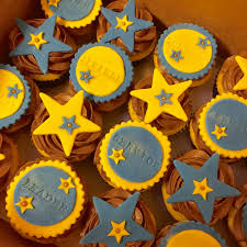 erin s cakes national honor society cake cake decorating cupcakes for national honor society induction nhs