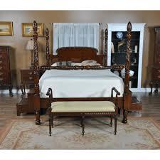 King Size Mahogany Poster Bed :: NBR001K