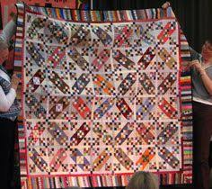 20141013_140056Tumelo Trail, Show and Share Bonnie Hunter 10/22 ... & A Bonnie Hunter pattern. I recently saw Bonnie's actual quilt in this  pattern, on Adamdwight.com