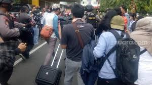 Karena paket ini dibutuhkan untuk akses internet sederhana, harganya pun cukup terjangkau. Kpk Periksa Mantan Bupati Bulukumba Dan Mantan Pj Wali Kota Makassar Suara Sulsel