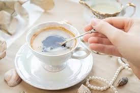 Usually, a ¼ tablespoon will suffice for a coffee. Kwwud8qibagscm