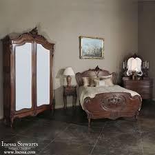 b e8f32b64c e089d1949 antique bedroom furniture antique bedrooms