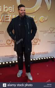Singer Fernando Varela arrives on the red carpet for the ZDF TV ...