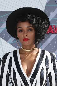 janelle monáe sported her signature red lip at the bet awards