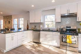 This Bright Modern Kitchen Was Designed By Cabinets Direct Usa With Wolf Classic Cabinets In Dartmouth Kitchen Plans Kitchen Paint Design Kitchen Design Plans