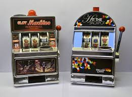 Vending Machine Piggy Bank Best 48 Mini Slot Machine Piggy Banks Catawiki