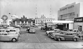 pasadena ca parking lot with 1930s and 1940s cars