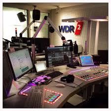office radios. Audio Studio, Recording Music Studios, Studio Design, Ideas, Radios, Office Designs, Cabins, Studios Radios