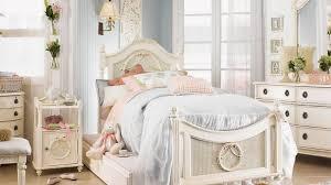 Търсите различни идеи за обзавеждане на малка детска стая? Dizajn Na Detska Staya Za Momiche 30 Snimki Na Idei Za