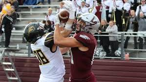 Local Point Uw Uw La Crosse Football Eagles Wrap Up Regular Season At