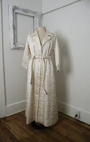 24 best Quilted dressing gowns images on Pinterest | Fashion ... & Ivory Quilted Vintage Wedding Bridal Robe Women Sz by TheDaveCave Adamdwight.com