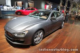 2018 maserati ghibli granlusso. fine maserati 2018 maserati ghibli granlusso front three quarter showcased at iaa 2017 throughout maserati ghibli granlusso a