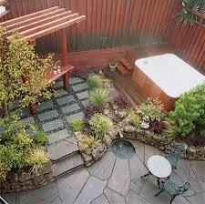 small patio garden ideas42