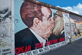 photo video sharing by smugmug on famous berlin wall graffiti artist with photo famous artwork of east side gallery