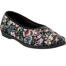 grosby women s antonia tapestry slippers multi