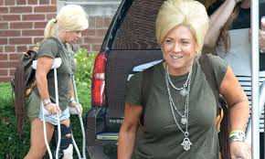 She achieved everything in her life in the public eye, from a career in the beauty industry to starting a. Long Island Medium Theresa Caputo Makes Her Way Through Nyc On Crutches Weeks After Knee Surgery Daily Mail Online