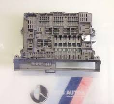 bmw fuse box replacement fuse boxes bmw 1 series e87 under dash fuse box 6906624