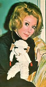 Shari Lewis Master Puppeteer And Lamb Chop 70s Clipping Her Books