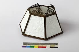 Staande Lamp Met Kap Met 6 Glazen Transparantjes Wit Gegoten Glas