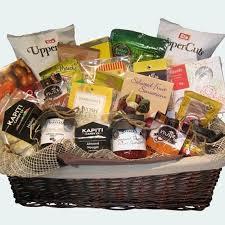 deluxe luxury gift basket