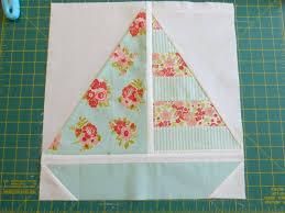 Pretty Little Quilts: Summer Beach Quilt Tutorial - Part IV ... & Pretty Little Quilts: Summer Beach Quilt Tutorial - Part IV - Sailboat Block Adamdwight.com