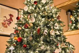 The Christmas tree: From pagan origins and Christian symbolism to ...
