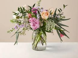 Find the best mother's day flower and plant delivery services from urbanstems, the sill, farmgirl flowers, the bouqs co., proflowers and more. Mother S Day Flower Deals These 7 Offers Are Too Good To Pass Up