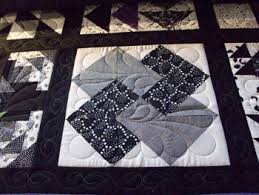Black And White Quilt Patterns Simple Black And White Quilt Sodypop's Creative Journey