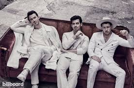 Jonas Brothers Happiness Begins Album Debuts At No 1 On