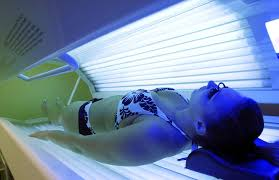 Teen tanning bed pics