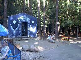 Комната страха Наверное самый интригующий аттракцион в парке   Обои для компьютера Фото 800х600 пикселей