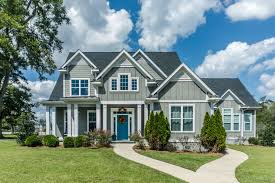 20 exterior house colors trending in