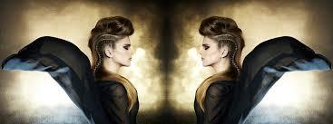 Bent U Op Zoek Naar Een Nieuw Kapsel Of Model Voor Uw Haar