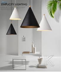 Großhandel Nordic Design Industrial Minimalistischen Pendelleuchten Schlafzimmer Wohnzimmer Esszimmer Küche Moderne Metall Hängelampen Einzigen