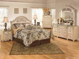 Weiß Schlafzimmer Möbel Helle Wände Kommoden Sets Braune Kommode