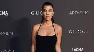 Kourtney Kardashian divides fans with ...