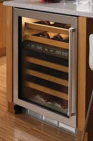 appliances buil in wine cooler dual zone glide out racks undercounter fridge storage bottle capacity glass