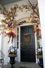thanksgiving front door decorationsSubtle  Sophisticated Fall Decorating Ideas for your Front Entry