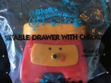 side table drawer blues clues. Blues Clues Toy SIDE TABLE DRAWER OPENS With CHECKLIST Figures Cake Topper*New 1 Side Table Drawer