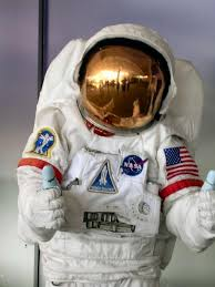 how to make an astronaut costume for a child