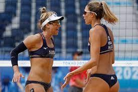 beach volleyball pair into quarterfinals