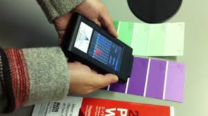 How to Measure Color With a Photospectrometer